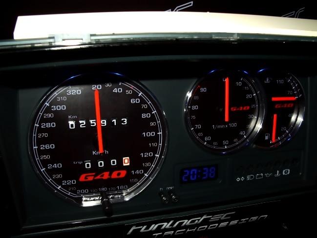 Tachoumbau im R32-Style Polo 86 c